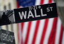 Wall Street drops after surprise rise in jobless claims, stimulus impasse By Reuters