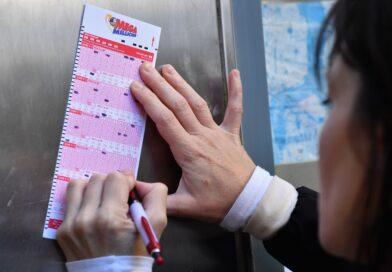 Mega Millions jackpot soars to $850 million. How to handle a windfall